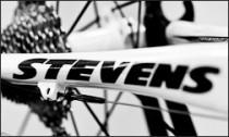 Stevens Rahmenbeschriftung